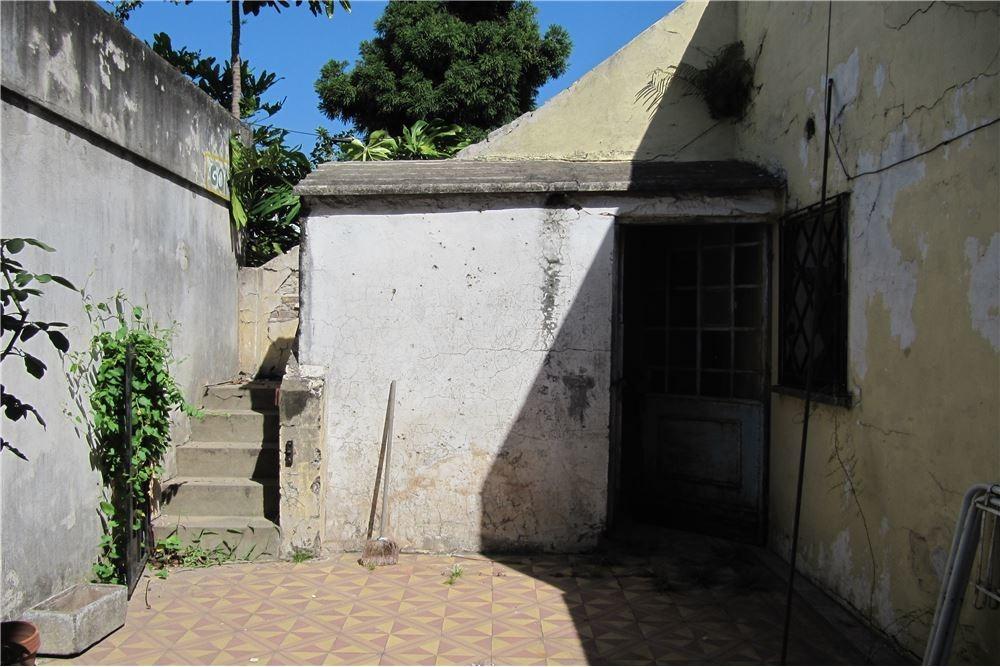 casa tres dormitorios a metros de av. avellaneda