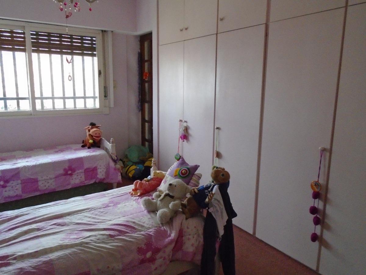 casa tres dormitorios en venta con cochera