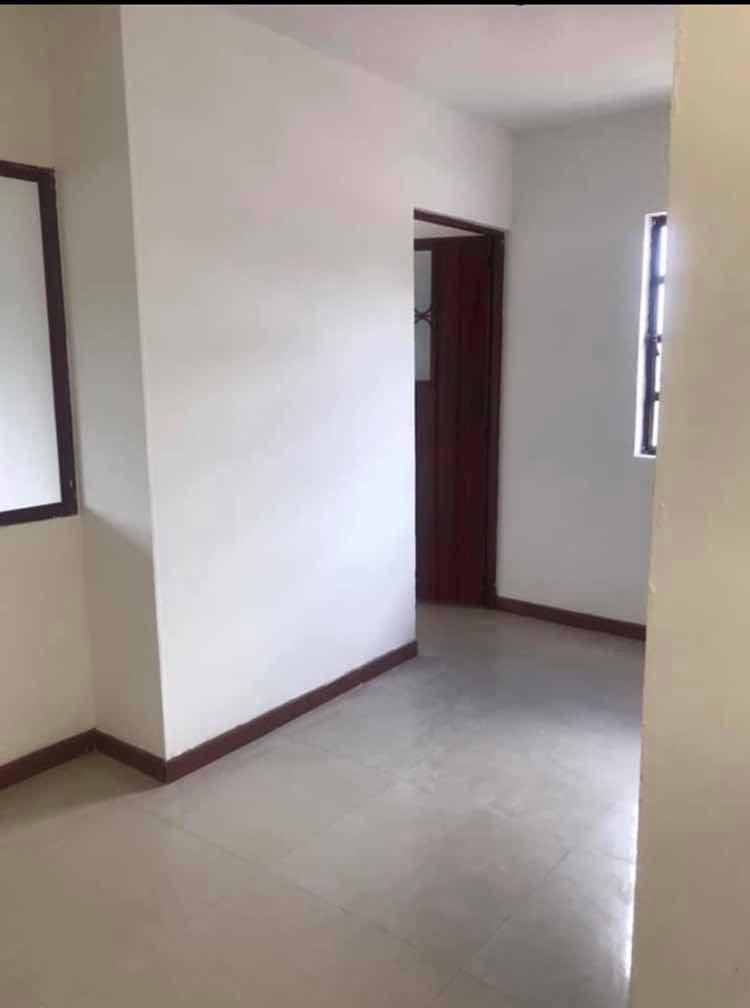 casa tres, pisos rentables ( 5 apartamentos independientes)