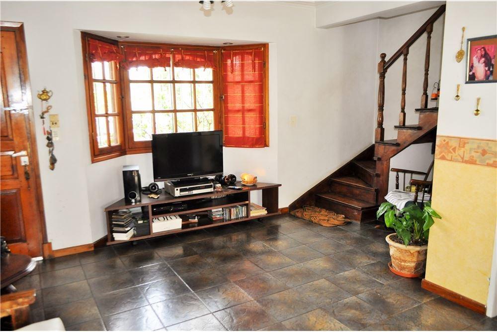 casa triplex 4 amb con jardín
