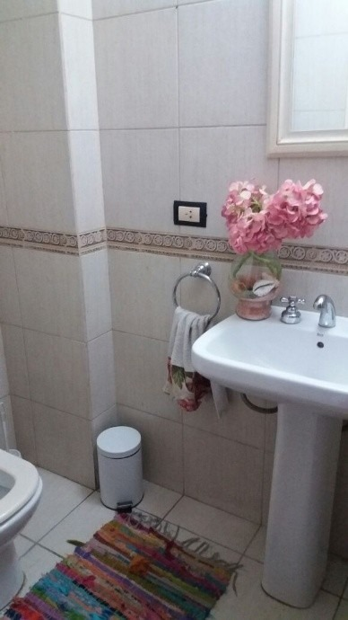 casa triplex de 4 ambientes 3 habitaciones y 3 baños