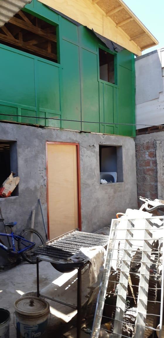 casa ubicada en buen sector dentro de la villa 11 septiembre
