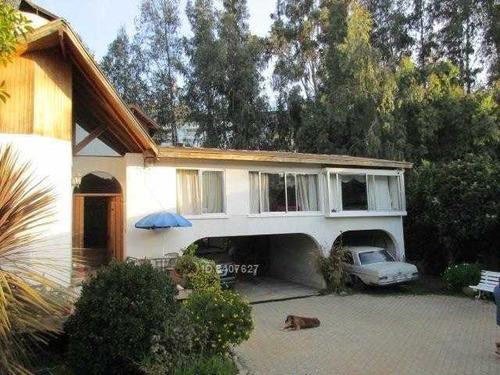 casa ubicada en reñaca bajo, cercano a colegios, supermercado y playa reñaca