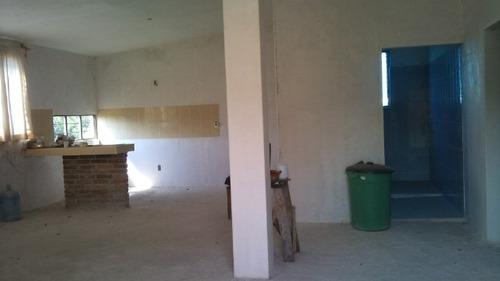 casa una planta, cocina, sala comedor, 2 recamaras y baño