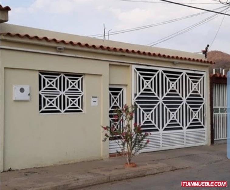 casa - urb. los vidriales | se vende | barcelona