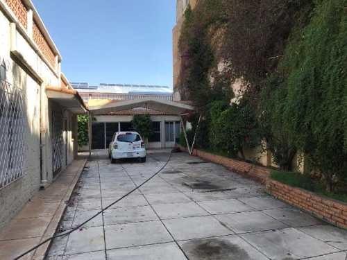 casa uso de suelo en renta zona centro