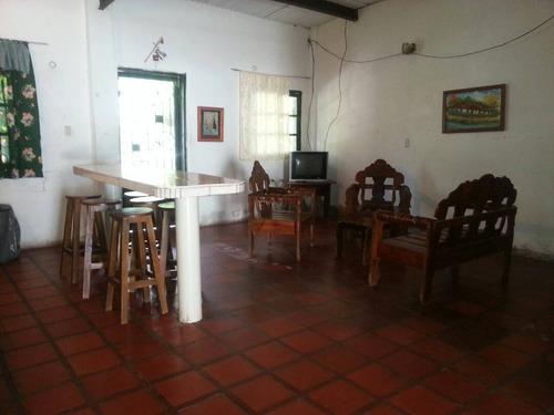 casa vacacional los chaguaramos