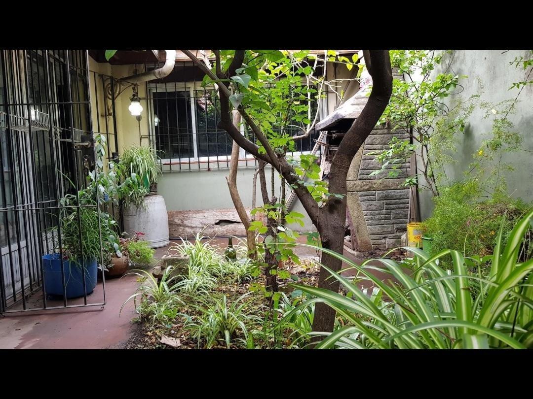 casa valor terreno 4 amb. con patio,terraza, garage.
