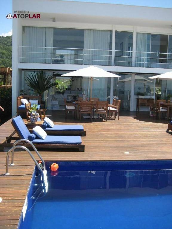 casa à venda, 450 m² por r$ 8.000.000,00 - praia do estaleiro - balneário camboriú/sc - ca0067