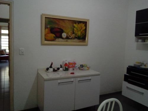 casa à venda a 100 m da praia em itanhaém. ref. 372/131cris