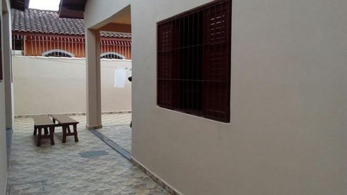 casa à venda a 150 metros do mar. ref. 411 e 180 cris