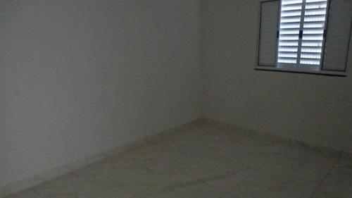 casa à venda com 2  dormitórios. ref. 230 e 267 cris