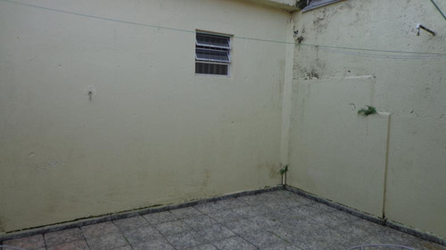 casa à venda com dois dormitórios. ref. 327 e 206 cris