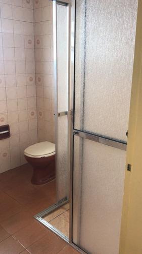 casa à venda com espaço para piscina em itanhaém. 376