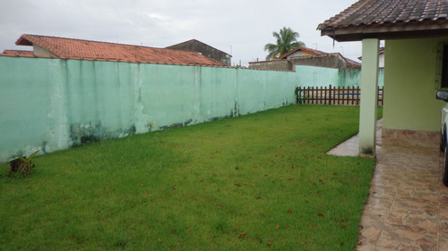 casa à venda com piscina  no gaivota. ref. 255 e 244 cris