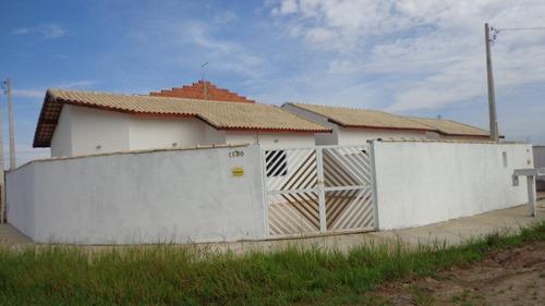 casa à venda de esquina em itanhaém. ref. 229 e 270 cris