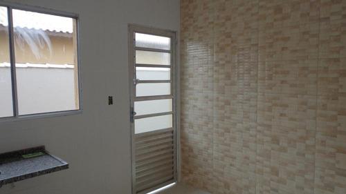 casa à venda em bairro residencial. ref. 319 e 148 cris