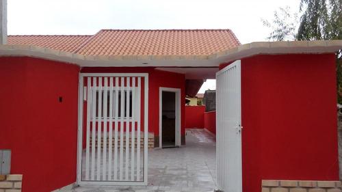 casa à venda em  suarão a 300 m. da pista. ref. 403 e 112