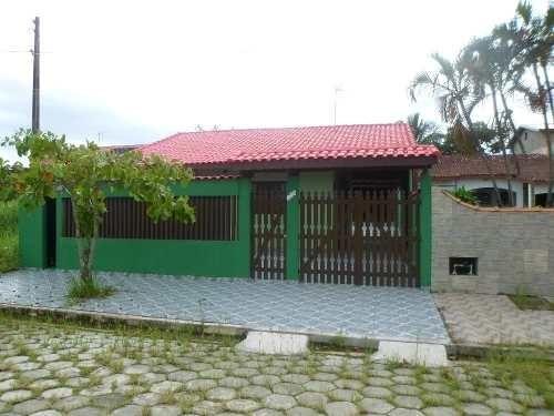 casa à venda isolada próximo ao mar. ref. 146 e 297 cris