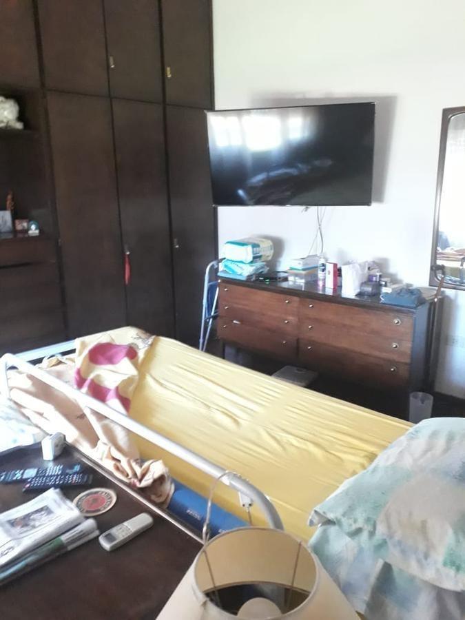casa venta 2 dormitorios, 2 baños y piscina-lote 974 mts 2  -city bell