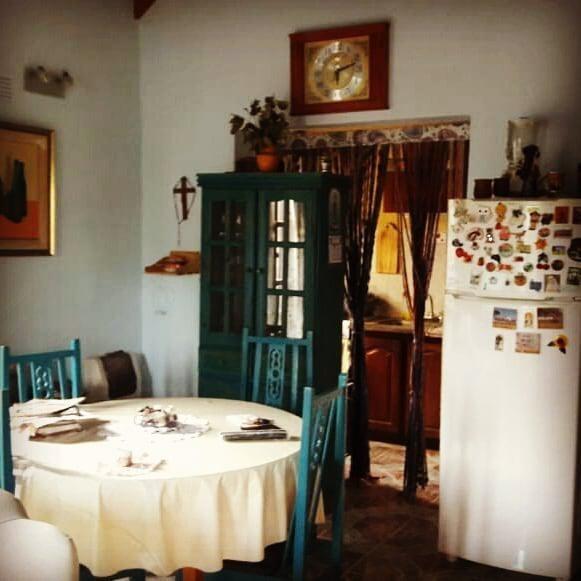 casa venta  2 dormitorios y 110 mts 2 cubiertos-lote 10,40 x 20 mts  - magdalena