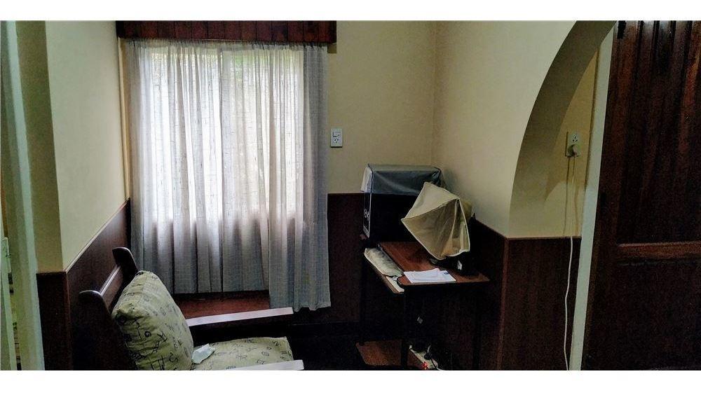 casa venta 3 ambientes barrio mattaldi