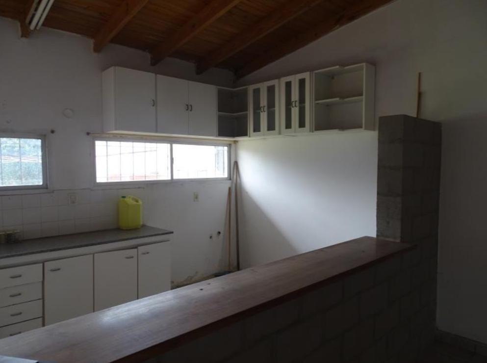 casa venta 3 dormitorios, 2 baños y cochera 3 -terreno 10 x 30,45 mts -305 mts 2- villa elvira