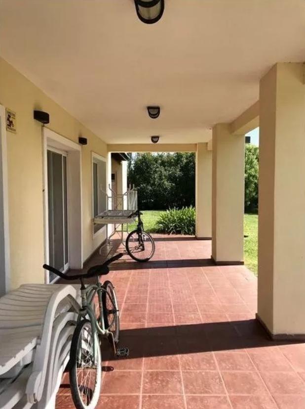 casa venta 3 dormitorios , 4 baños y pileta -terreno 1,325 mts 2 - haras del sur