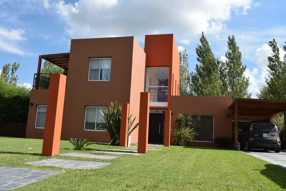 casa venta 4 ambientes canning b° el centauro