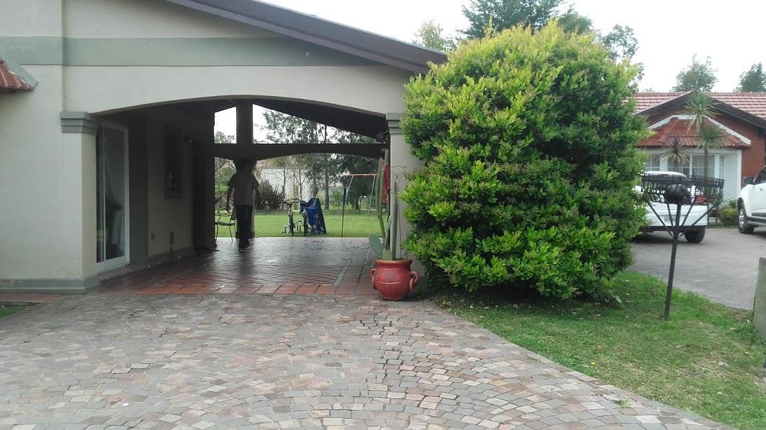 casa venta 4 ambientes canning echeverria del lago