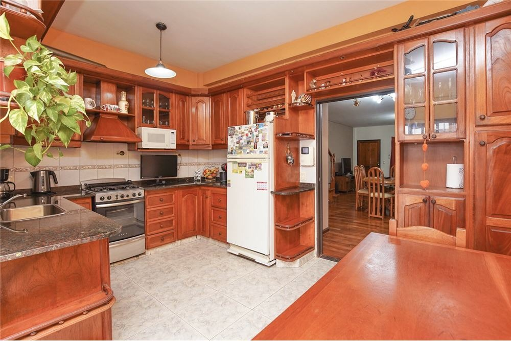 casa venta 4 ambientes dúplex suite garage patio