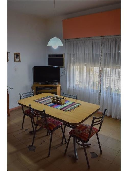 casa venta 4 ambientes moron centro ideal inversor