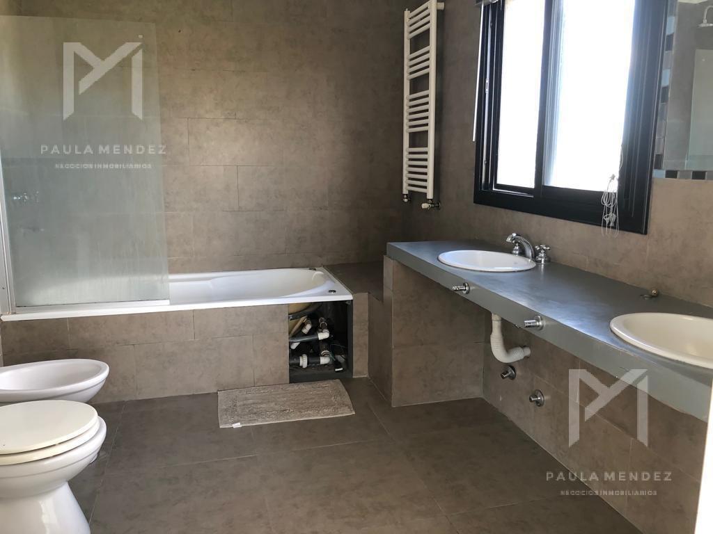casa  - venta - 4 ambientes - san agustin - villanueva - tigre - zona norte -