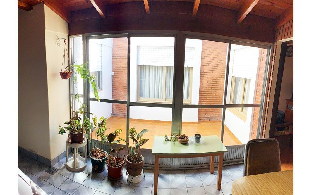 casa venta  5 ambientes con parrilla en san justo
