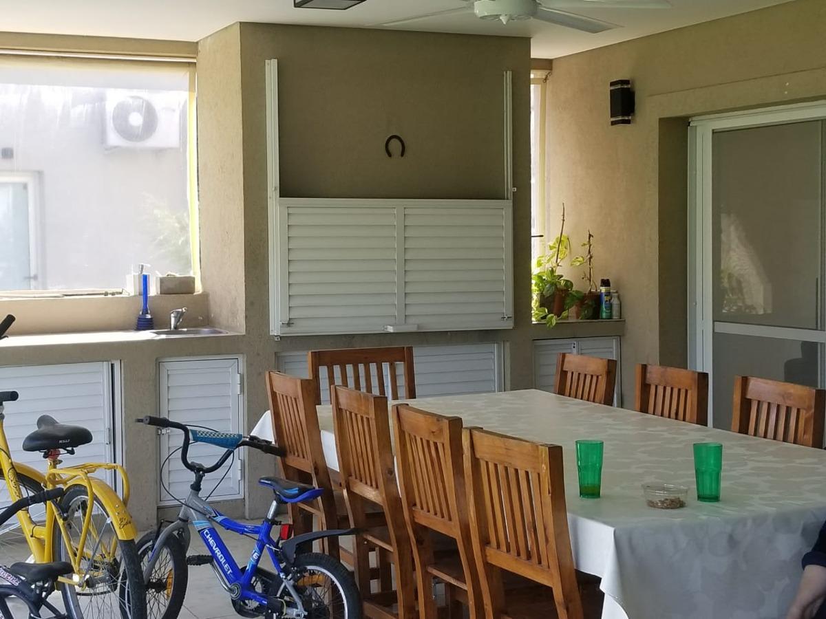 casa venta 5 ambientes  don joaquin canning e. echeverría