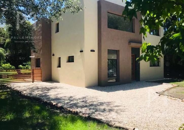 casa -  venta - 5 ambientes -  villa rosa - pilar