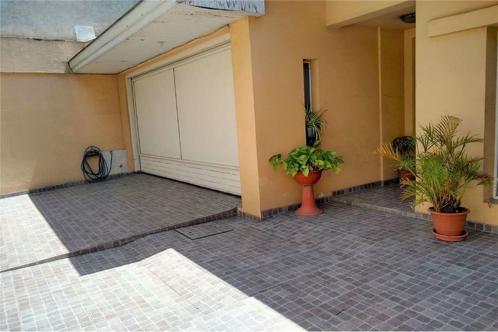 casa venta 6 amb parque pileta garage playroom