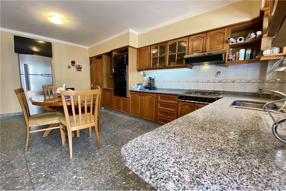 casa venta 6 ambientes con cochera v. devoto