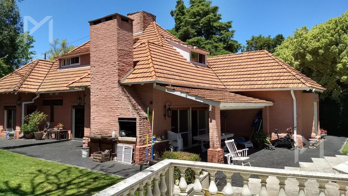 casa - venta - 9 ambientes - lomas de san isidro - san isidro