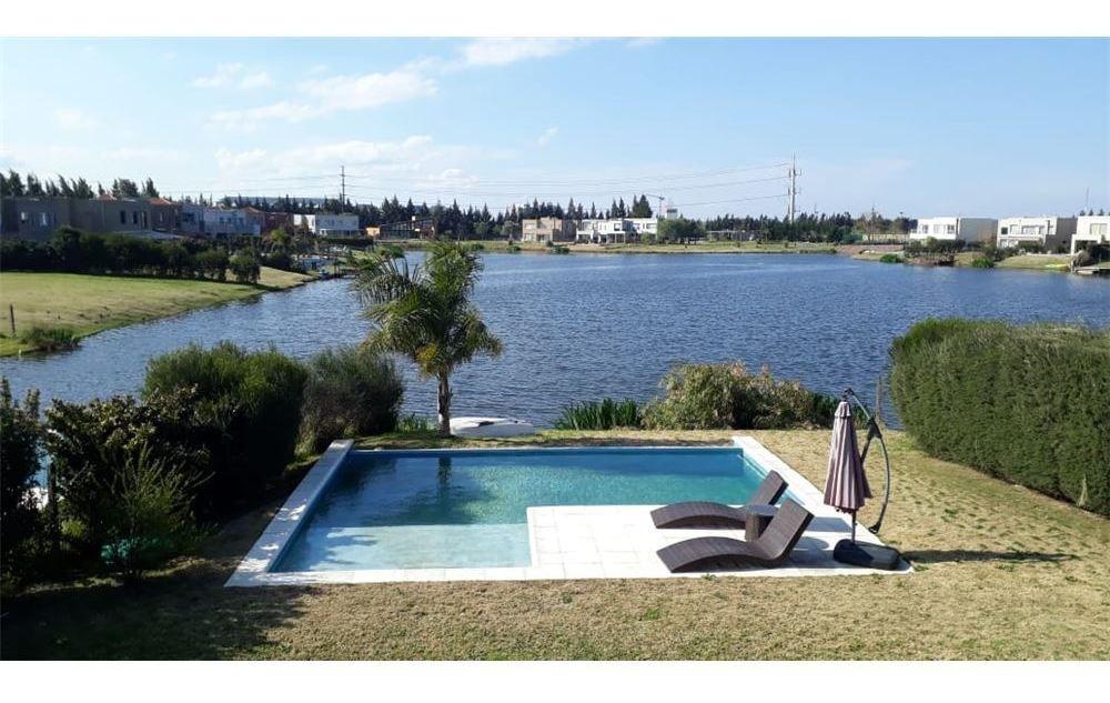 casa venta a la laguna 4 dormitorios la comarca