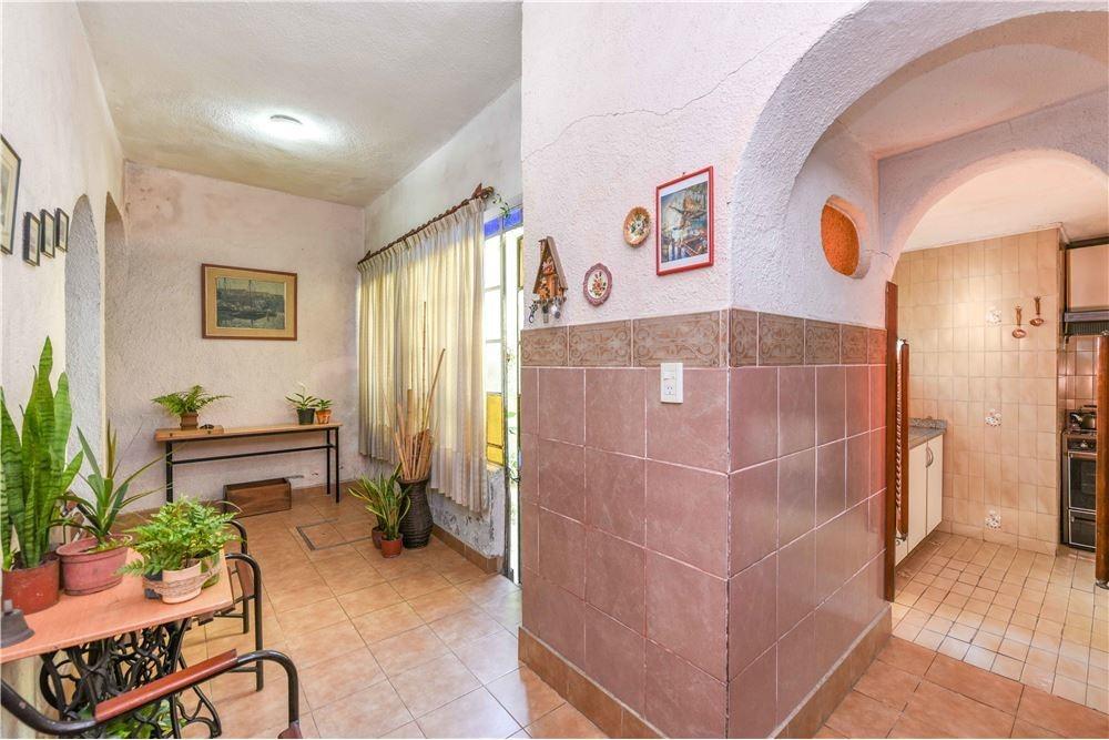 casa venta barracas 380 mts cochera