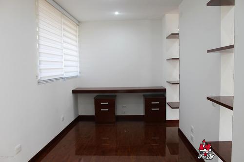 casa  venta  bosque madero cajica calahorra   mls 19-802