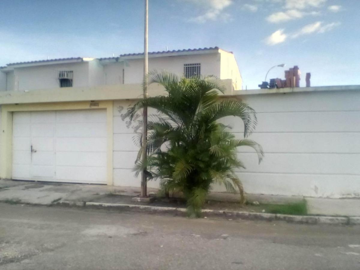casa venta bucaral flor amarillo valencia carabobo 20-501 lf