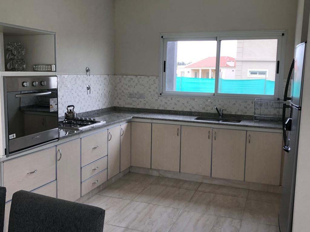 casa venta canning 4 amb. en barrio santa inés