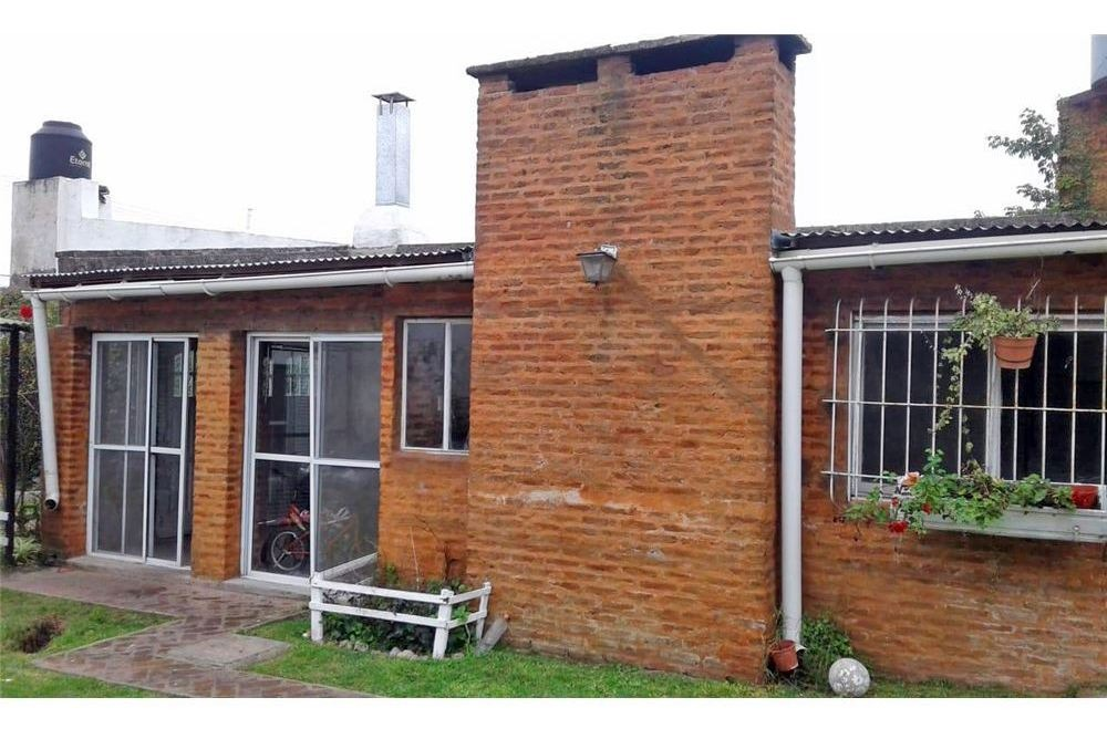 casa venta capilla del señor 3 ambientes piscina