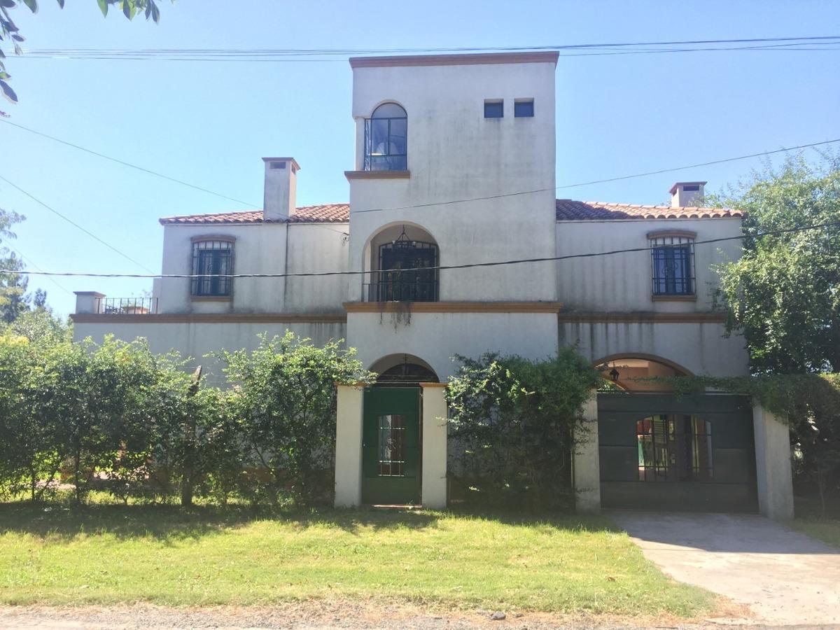 casa venta city bell pileta 3 dormitorios calef ctral jardin