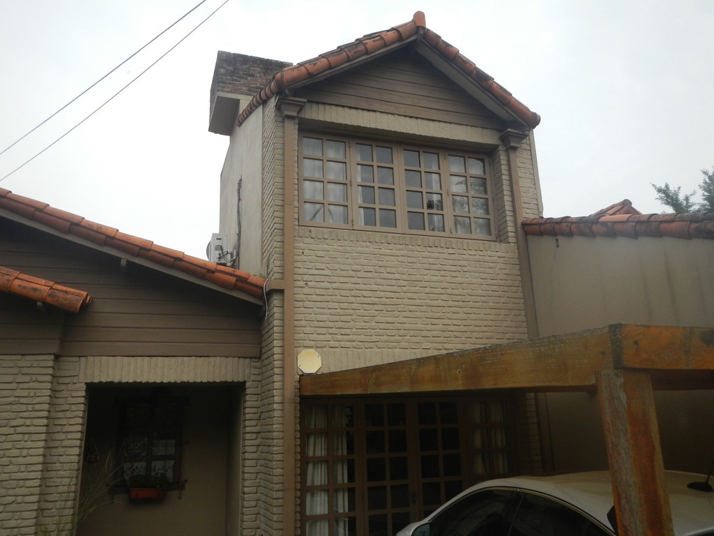casa venta city bell zona comercial s/lote 10x33