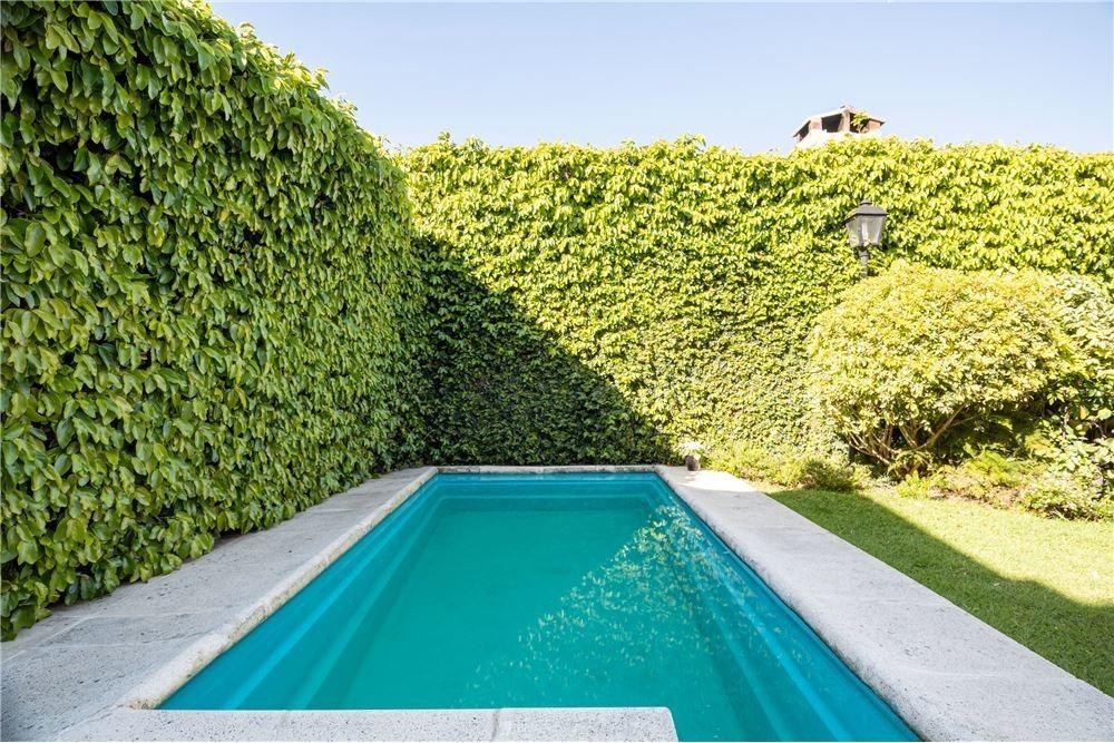 casa venta ciudad jardin, 5 ambientes con pileta
