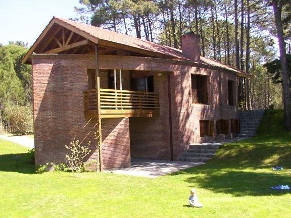 casa (venta) con 5 ambientes cerca del centro, playa y golf