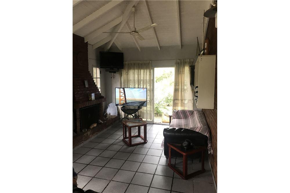 casa venta con amarra club jardín náutico escobar